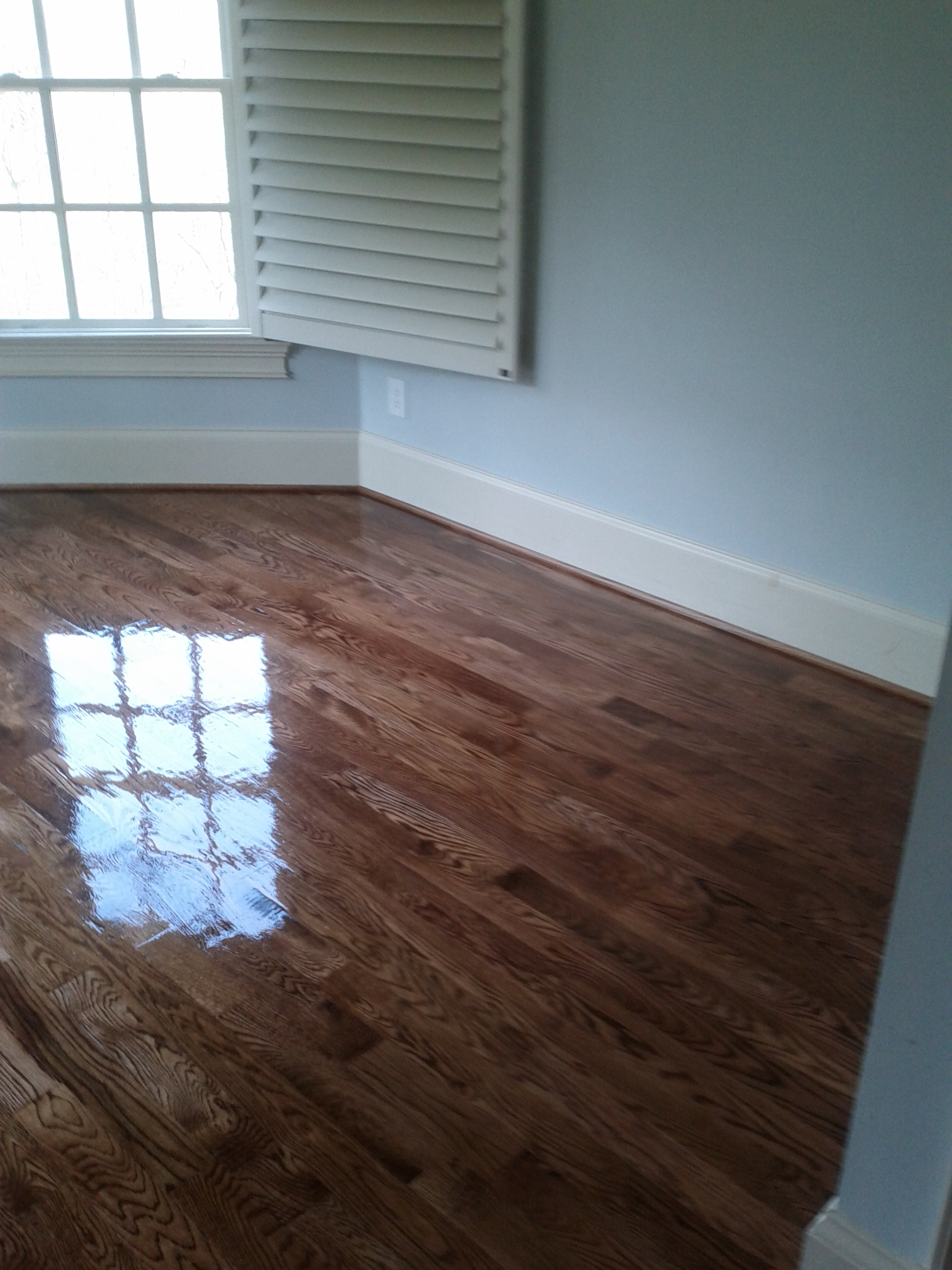 should i put in my basement can i have hardwood floors in my basement